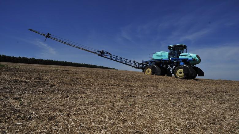 Lei dos agrotóxicos deve ser ágil e moderna, defende Bayer
