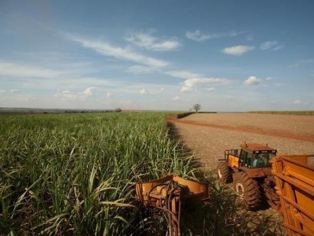 Empresas firmam importação de 17 mil toneladas de ureia boliviana para MS