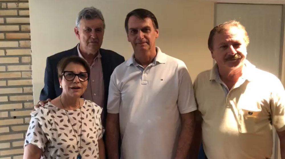 Jair Bolsonaro declara apoio a Reinaldo Azambuja no 2º turno